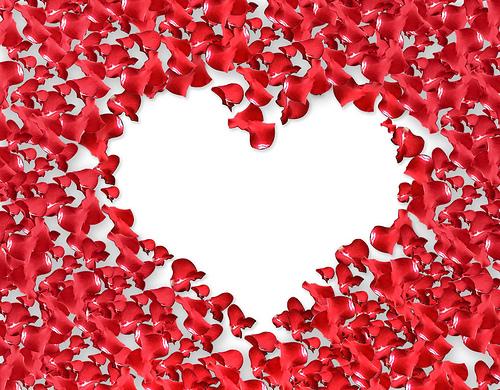 Rožių žiedlapiai, širdis